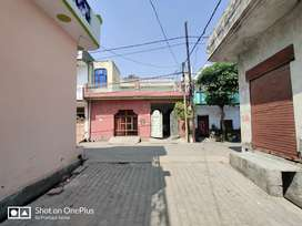 180 gaj/yards well built house for sale at prime location