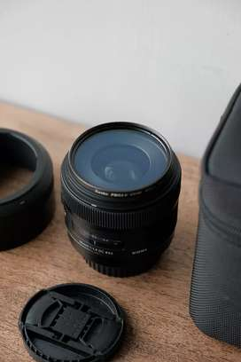 SIGMA ART 30MM F/1.4 , DC HSM (FOR CANON)