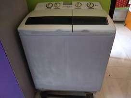 Washing Machine at very low price.