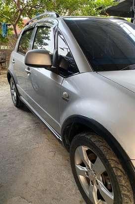 Suzuki x-over 2011