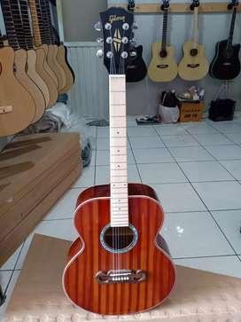 high quality akustik guitar