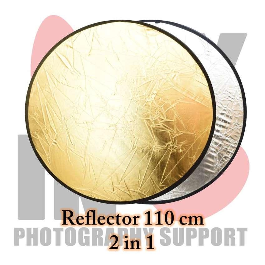 Reflektor Lingkaran Ukuran 110cm 2 in 1 Muraaaah