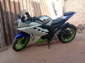R15 v2 wite and blue color need condition