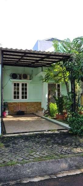 Disewakan Rumah Golden Vienna 2 BSD City Tangerang Area Nyaman