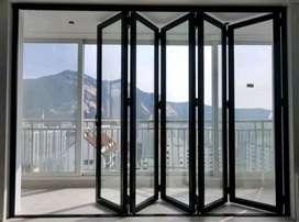 Pintu lipat bahan aluminium dan kaca kusen jendela boven pintu kamar