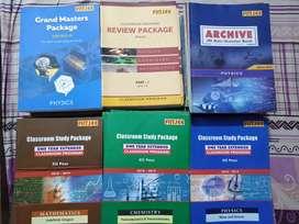FIITJEE IIT ONE YEAR EXTENDED CLASSROOM PROGRAM BOOKS (1 1 + 12)th