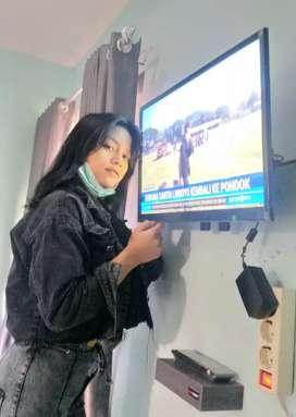 neng April pintaran jual pasang tv lcd gantung di dinding pake bracket