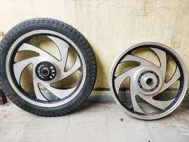 BATS 6 spoke excellent condition alloy wheel rim
