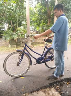 Sepeda phonix ukuran 26 biru