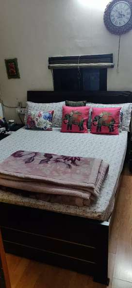 Queen size Double bed with mattress
