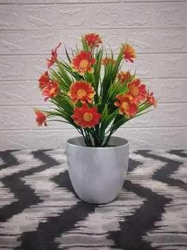 Bunga plastik lucu dan unik