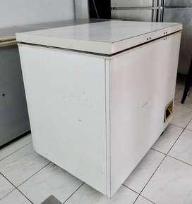 GEA Chest freezer