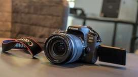 Canon 77d lush condition with 2 lens (18_55 and 50mm)