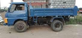 Mahindra load king tipper