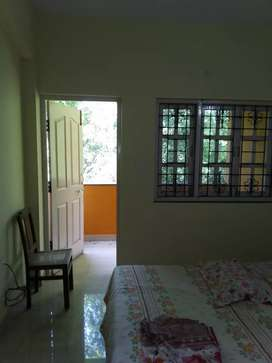 Semi furnished 2bhk flat for rent in gated community on verna highway