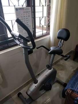 Exercise cycle (aerofit)