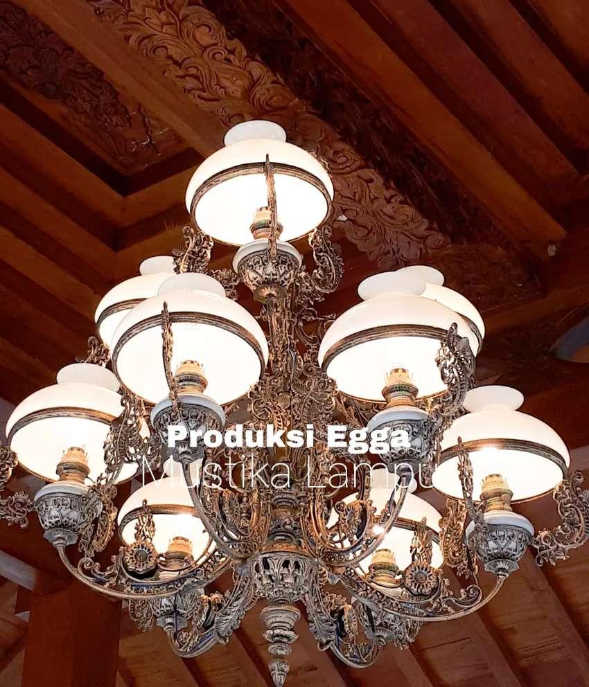 Produksi  Lampu  Gantung  Antik Cabang 9 Hias Rumah Joglo Gebyok 0