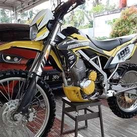 Di jual cepat kawasaki klx bf 150 cc 2016