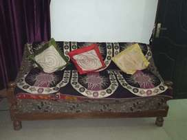 6seater wooden sofa set good condition