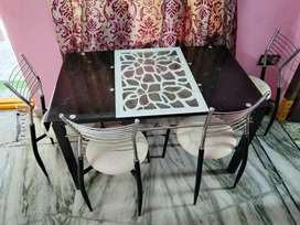 Modern style dinning table