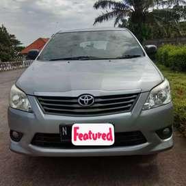 Dijual Cepat Cash Toyota Kijang Innova 2.0 J  Manua Silver 2015 Bensin