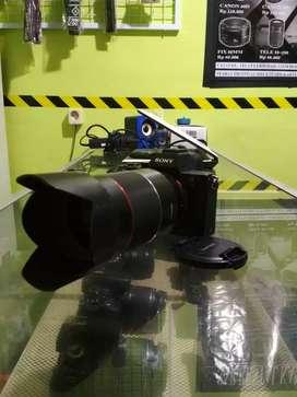Kamera mirorles sony A7II lensa FE samyang 35mm F1.4 fullframe
