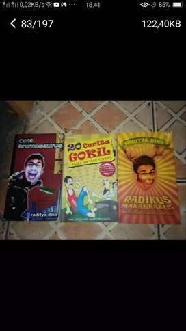 Borongan 3 bh buku cerita seru ayo yg mau koleksi slhkn cpt yah