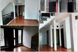Rumah MURAH Cantik 2 Lantai di Cluster Carissa Graha Raya Bintaro