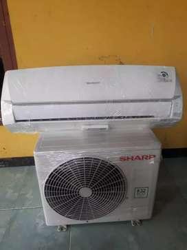 AC second SHARP R32 ( 3/4 PK ) kondisi +90%