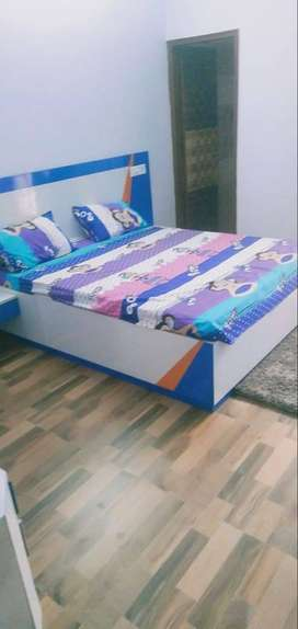 2bhk flat fully furnished near Airport road