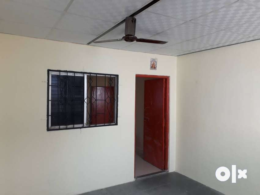 2 BHK flat on rent only for bachelors. Old 0