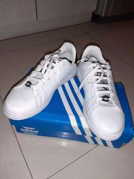 Sepatu adidas stan smith size 42