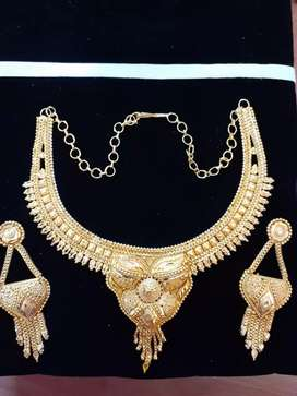 Necklace one grm gold