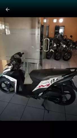 Bali dharma motor jual Yamaha Mio M3 tahun 2015