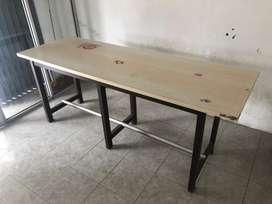 Meja bekas prasmanan kayu jati belanda bekas