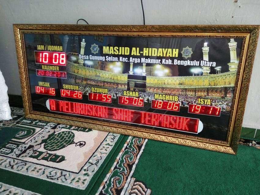 Sedia Jam Masjid Digital Mewah Untuk Masjid Besar Bondowoso 0