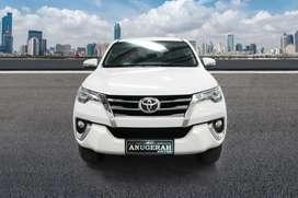 Toyota FORTUNER VRZ Matic.Putih Sangat Istimewa