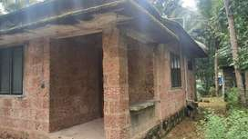 HOUSE IN 5 CENT LAND READY FOR IMMEDIATE SALE AT IRINGAL VADAKARA