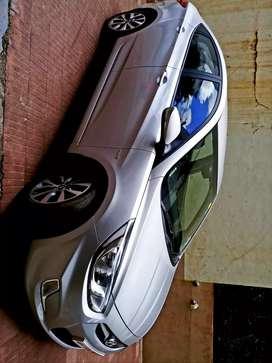 Hyundai Fluidic Verna 2014 Diesel 40000 Km Driven