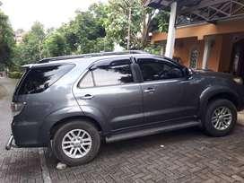 Mobil Toyota Fortuner Type G 2014 KM Rendah
