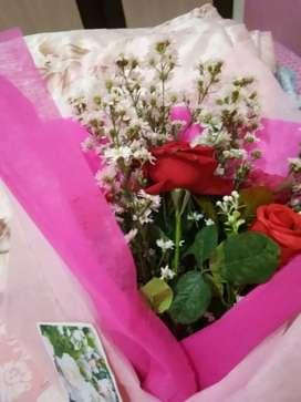 Buket bunga untuk pernikahan,tunangan,wisuda,ulang tahun,kado,dll