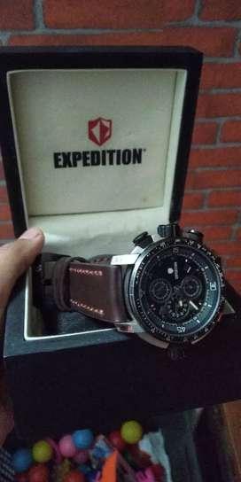 Jam expedition masih mulus