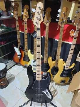 Gitar bass baru