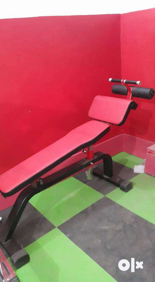 manufacturer or importer of high class gym equipments 0