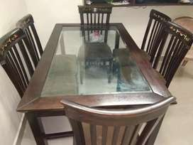 Glass top 6 seater Dining Table : Imported from UK