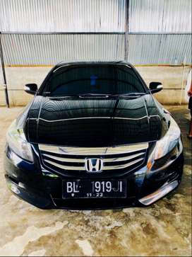 HONDA ACCORD 2.4 VTi-L