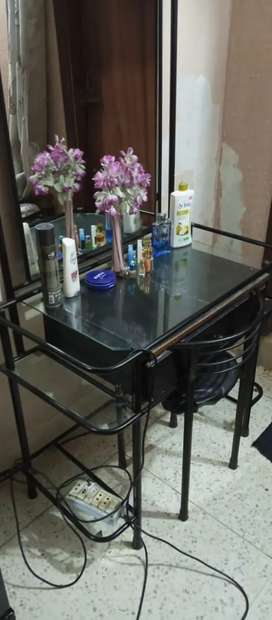 Dressing table with chair complete 10/10 stainless steel made