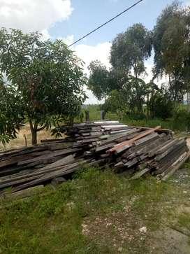 DiJual kayu bekas bongkaran Rumah