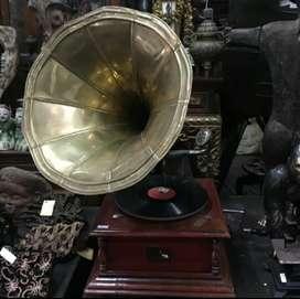 Gramaphone corong His Master voice