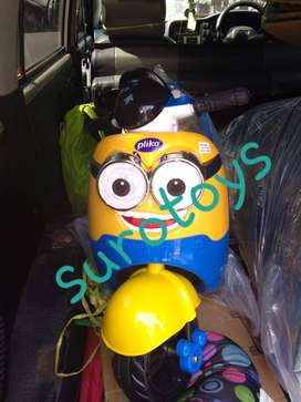 Mainan motor aki model minion